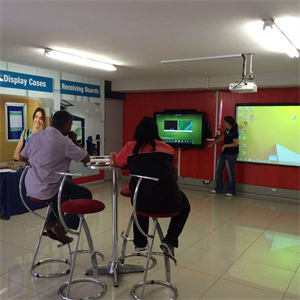 CUSTOMERS SPEND THE DAY AT PARROT DURBAN